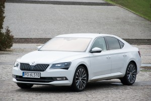 Testy mojeauto.pl: Skoda Superb 2.0 TSI Laurin & Klement
