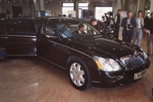 Maybach od Aston Martina?
