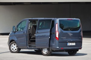 Ford Tourneo Custom: Transporter na dalekie trasy