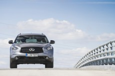 Infiniti QX70 3,0d S-Design: stylowa alternatywa
