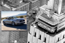 Ford Mustang na dachu Empire State Building!