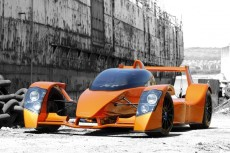 Caparo zadebiutuje w Goodwood