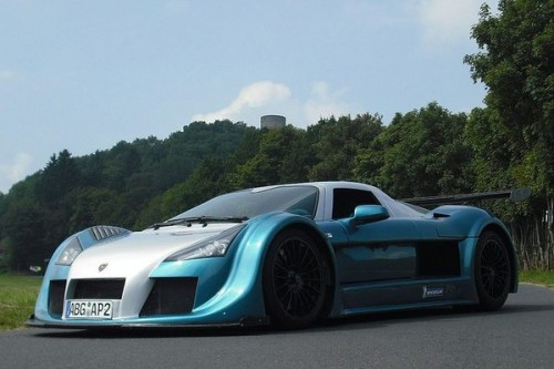 Gumpert Apollo bije rekord