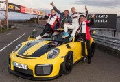 Porsche 911 GT2 RS - nowy rekord na Nurburgring