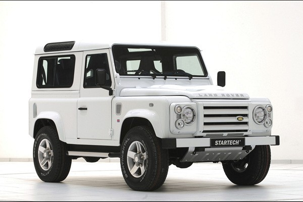 Land Rover Defender 90 Yachting Edition Startech  - motogazeta mojeauto.pl