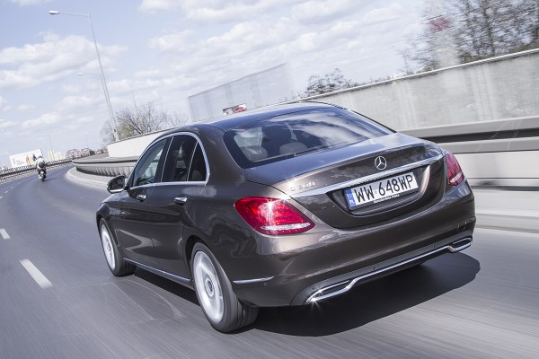 Test video: Mercedes klasa C  - motogazeta mojeauto.pl