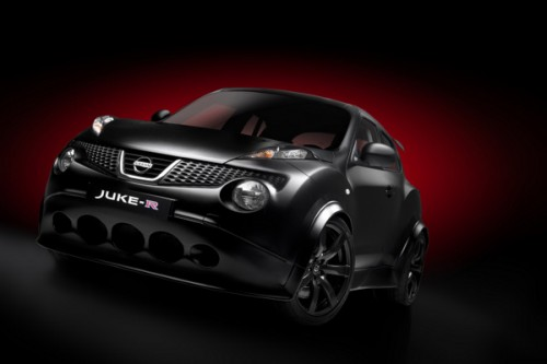 Nissan Juke-R jako Safety Car