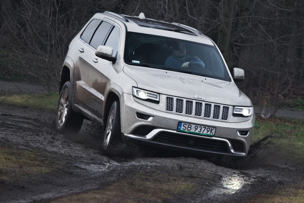 Testy mojeauto.pl: Jeep Grand Cherokee - video w mojeauto.tv