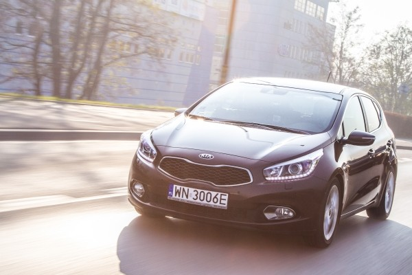 Testy mojeauto.pl: Kia cee'd - video w mojeauto.tv