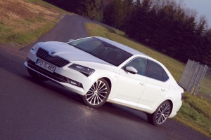 Skoda Superb 2,0 TDI  150 KM Laurin & Klement