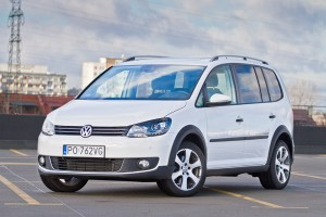 Testy mojeauto.pl: Volkswagen Touran Cross