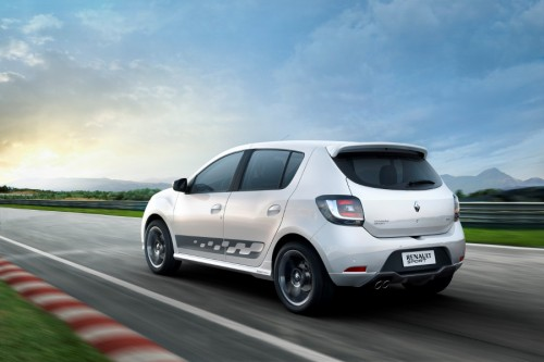 Tani hot-hatch Renault - Sandero R.S. 2.0