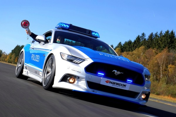 Ford Mustang V8 GT - Tune it! Safe!  - motogazeta mojeauto.pl