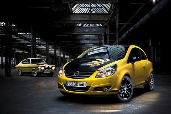 Opel Corsa Color Race vs. Rally Kadett  - motogazeta mojeauto.pl
