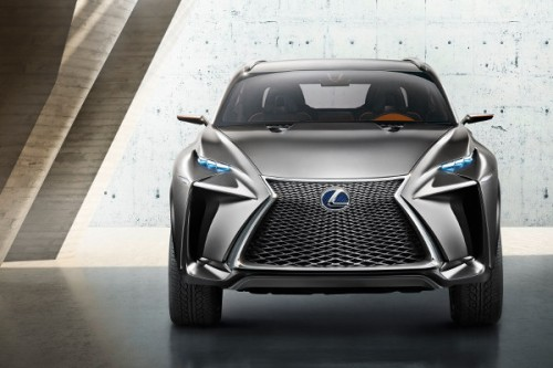 Lexus LF-NX: Kryptonim wóz bojowy