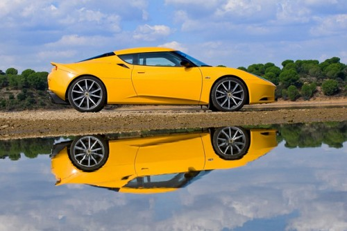 Lotus Evora crossoverem