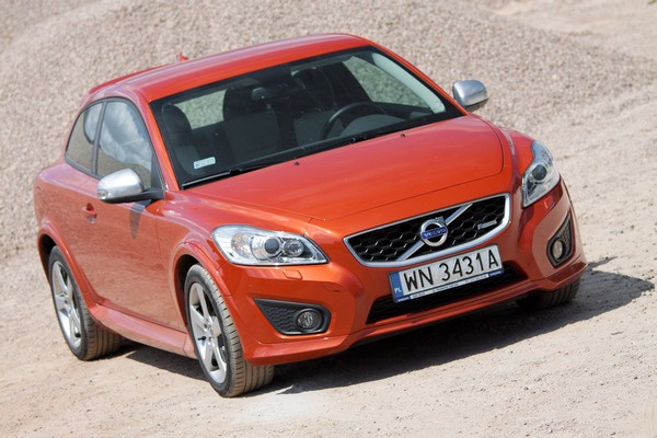 Testy mojeauto.pl: Volvo C30 T5 - video w mojeauto.tv