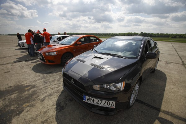 Lancer Evolution Speed Day  - motogazeta mojeauto.pl