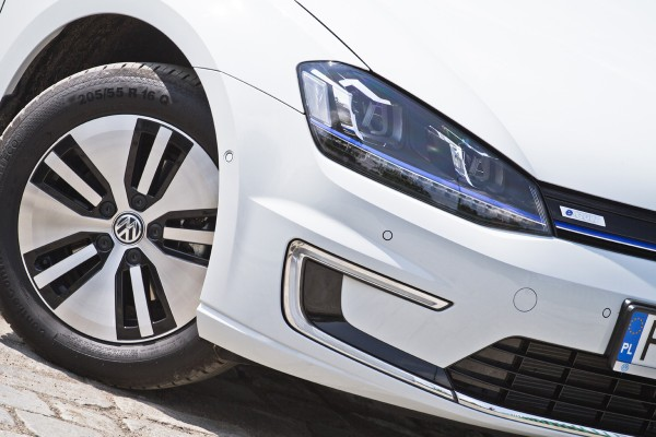 Volkswagen e-Golf - test video  - motogazeta mojeauto.pl