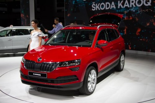 skoda karoq w bogatym wyposa eniu ambition motogazeta. Black Bedroom Furniture Sets. Home Design Ideas